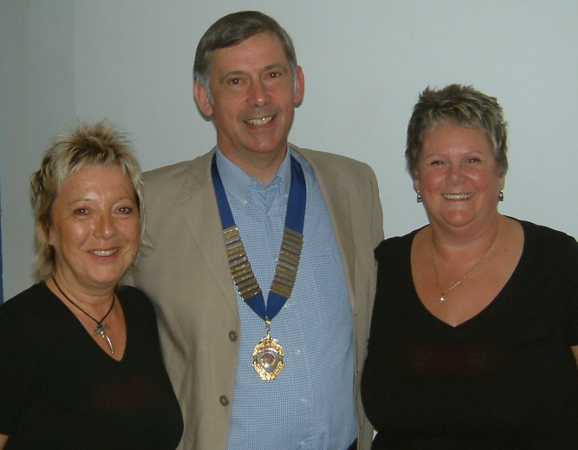 BABS Convention - May 2009 - Gail and Lyn with President Alan Goldsmith