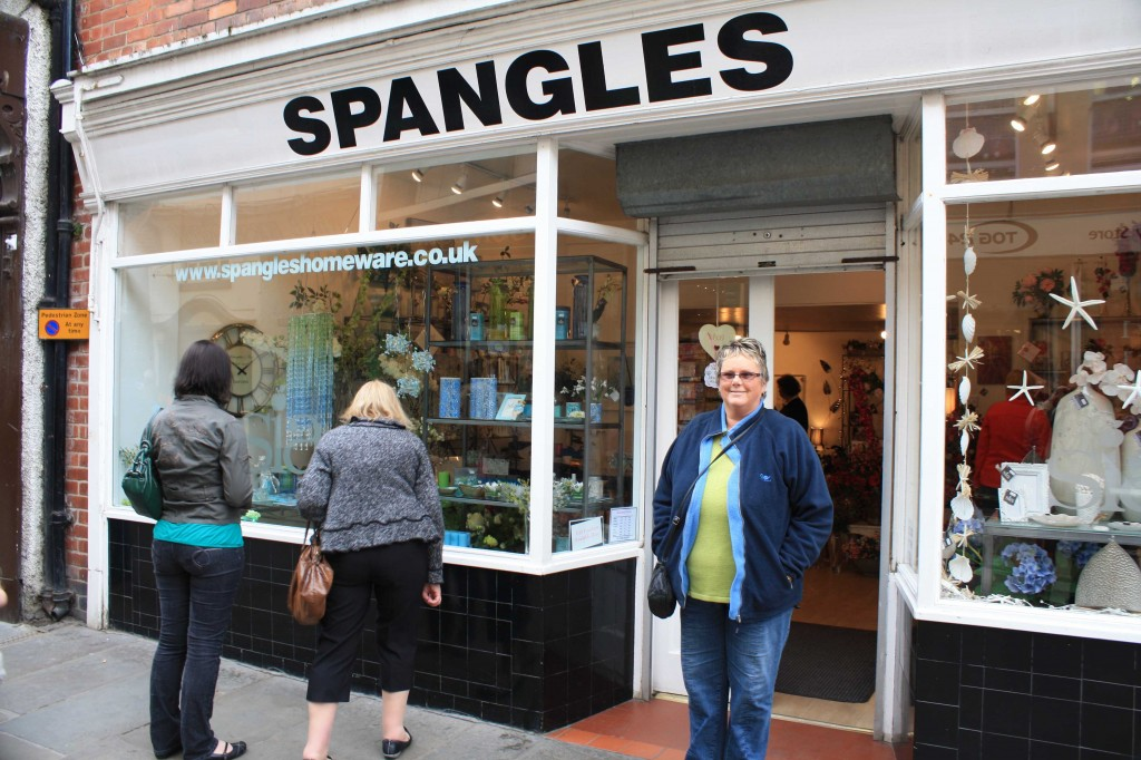 Spangles Hits the UK!